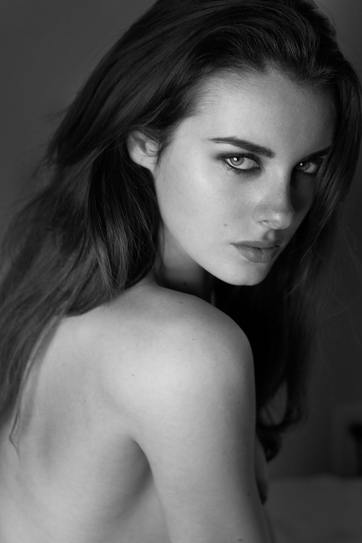 Diana Georgie 05x