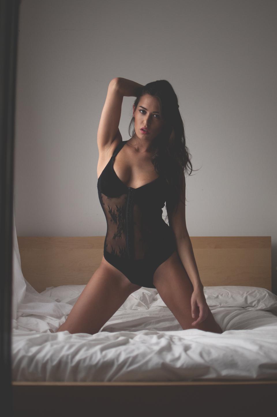 Lauren bed4