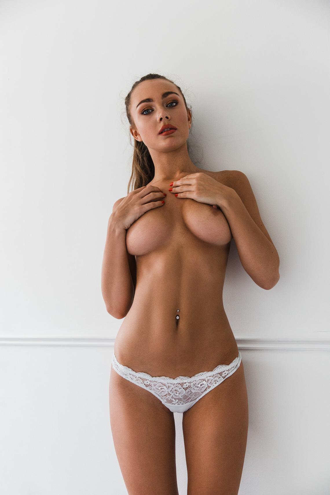 courtney knox nude