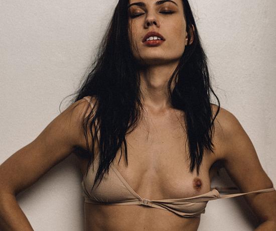 Superstar Caroline Francischini Nude Pictures